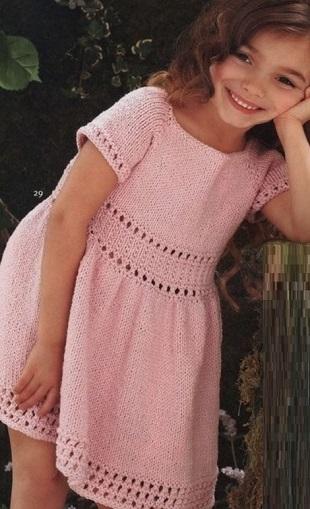 Вязание платья для девочки спицами
