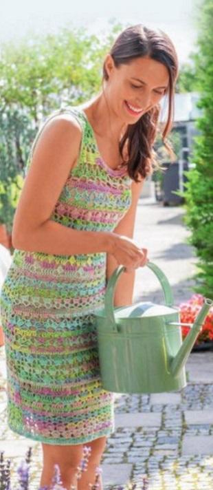 Платье для мамы и дочки крючком