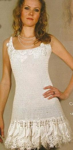 Короткое платье крючком